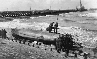 Souvenirs de Guerre : Zeebrugge 1918 - Page 2 Ger11010