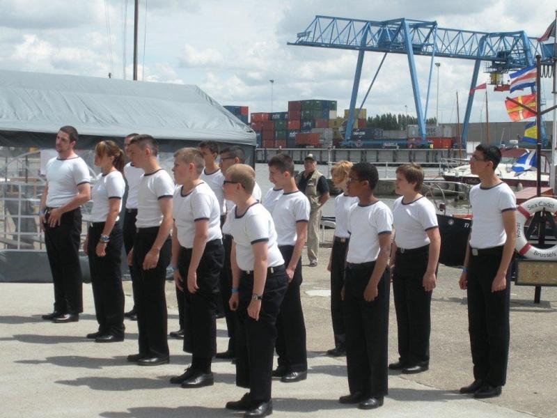 Journée des Cadets de Bruxelles Les_fa17