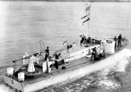 Vedettes lance-torpilles  (ROYAL NAVY) Mgb20010
