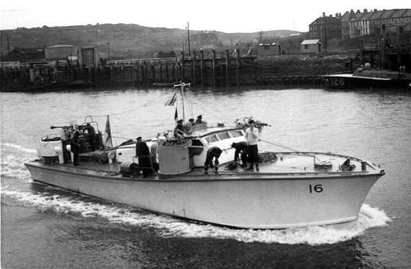 Vedettes lance-torpilles  (ROYAL NAVY) Mgb20110
