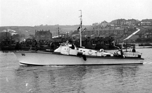 Vedettes lance-torpilles  (ROYAL NAVY) Mgb20811