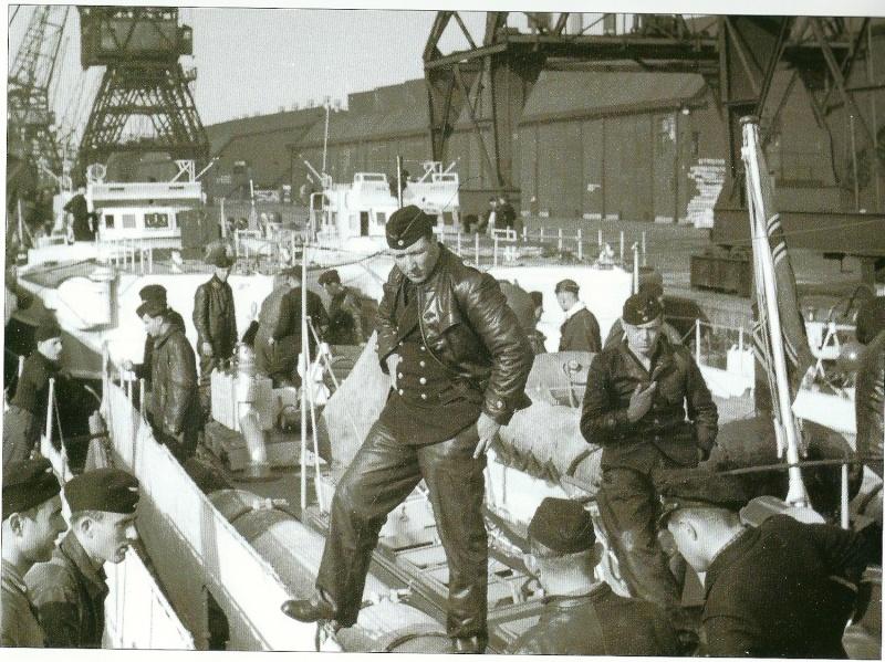 Schnellboot  ( Vedettes lance-torpilles) - Page 6 Numari13