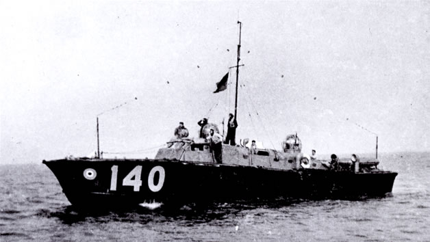 Vedettes lance-torpilles  (ROYAL NAVY) - Page 2 Raf20a14