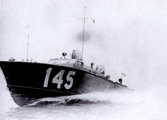 Vedettes lance-torpilles  (ROYAL NAVY) - Page 2 Raf20a16