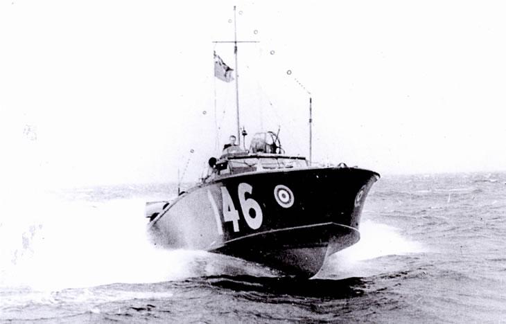 Vedettes lance-torpilles  (ROYAL NAVY) - Page 2 Raf20a17