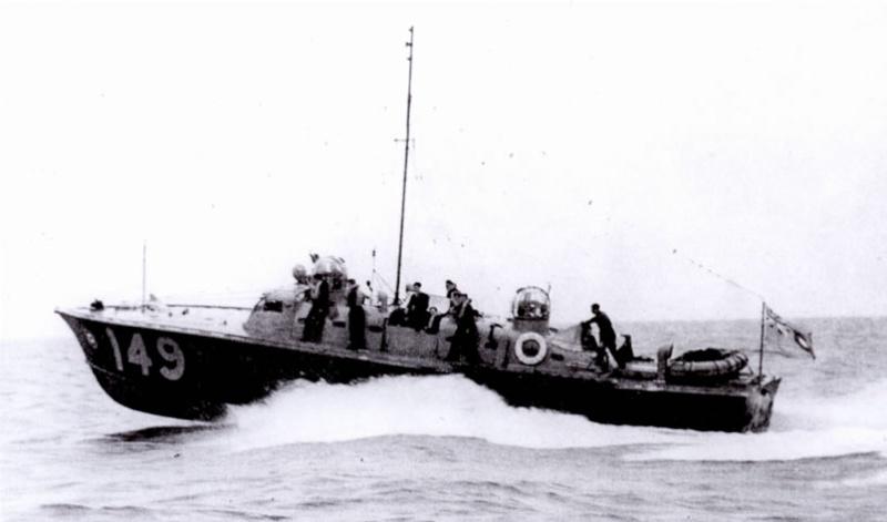 Vedettes lance-torpilles  (ROYAL NAVY) - Page 2 Raf20a19