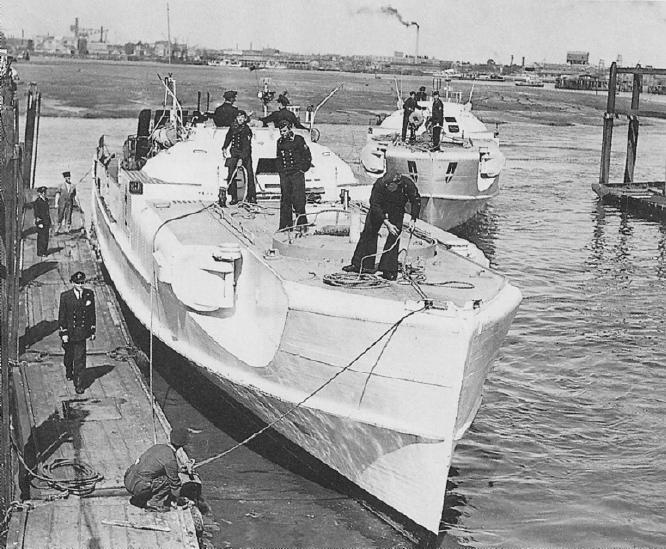 Schnellboot  ( Vedettes lance-torpilles) - Page 4 Sbootg11