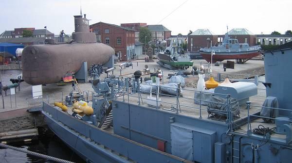 """Musée de la marine """"WILHELMSHAVEN"""" Wilhel11"""