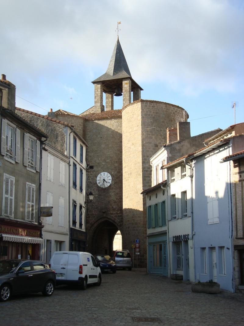 Ville, citadelle et château de Parthenay Dsc02320
