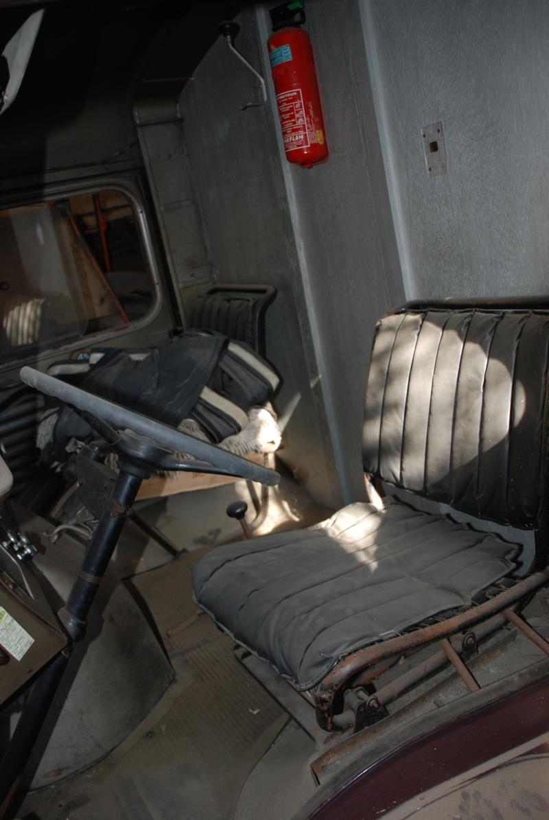 Présentation : H 1953 ex véhicule de livraison interne puis corbillard Citroe74