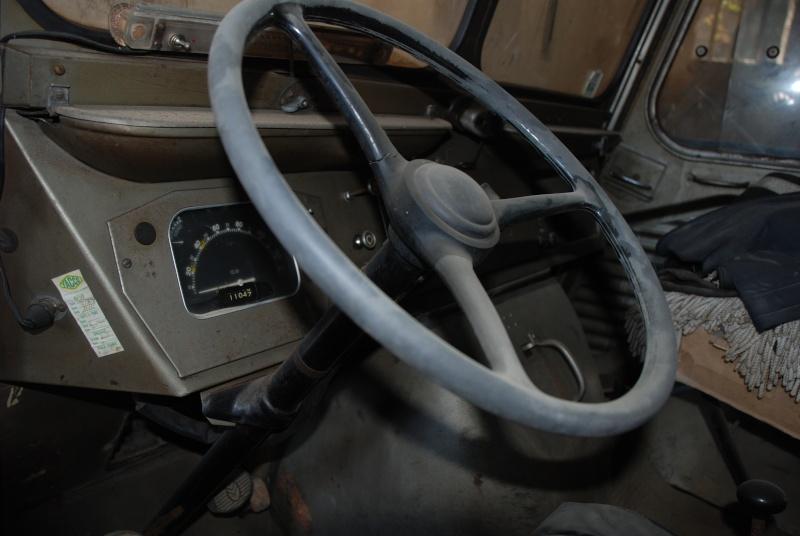 Présentation : H 1953 ex véhicule de livraison interne puis corbillard Citroe79