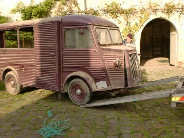 Présentation : H 1953 ex véhicule de livraison interne puis corbillard H_195312
