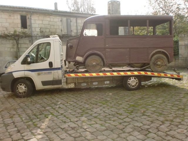 Présentation : H 1953 ex véhicule de livraison interne puis corbillard H_195317
