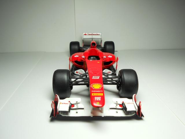 Ferrari f 150 F1 2011 - Page 2 00435