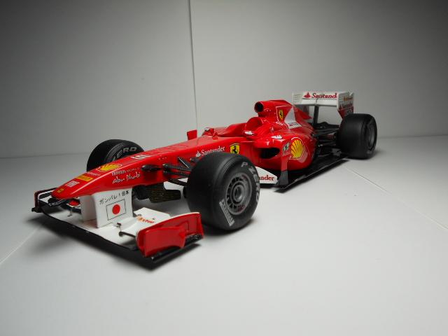 Ferrari f 150 F1 2011 - Page 2 00536