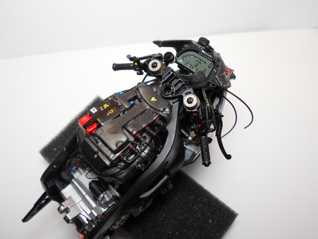 Yamaha YZR-M1 2008 00912