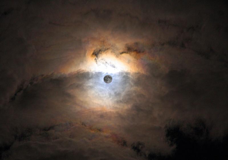 Lune Mystique 001a10