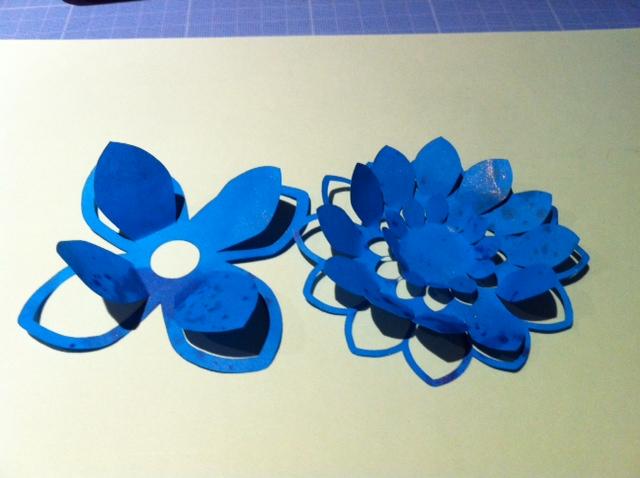 Tuto pour fleur F12