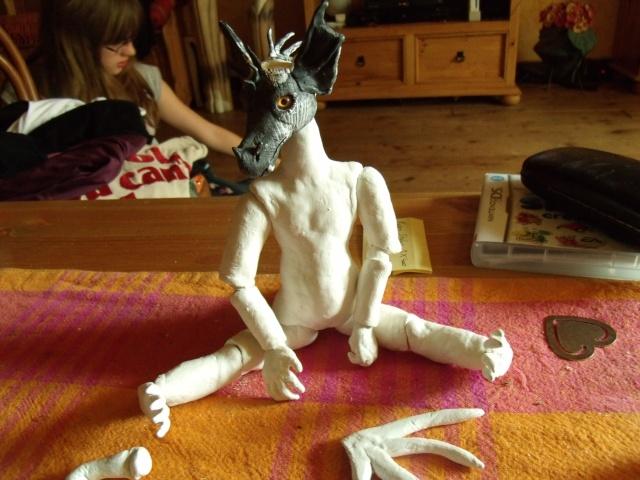 Para' se lance dans le modelage:Bébé Dragon test posabilité - Page 3 Gedc0224