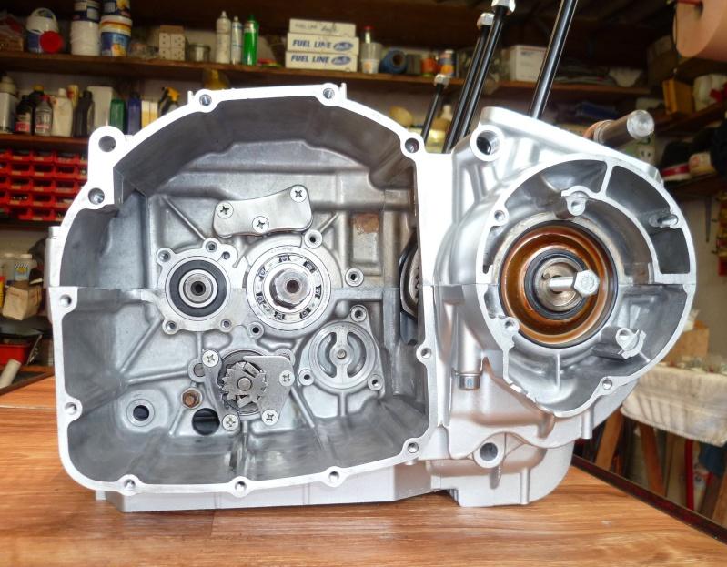 Reconstruction moteur GSX 1100 P1010616