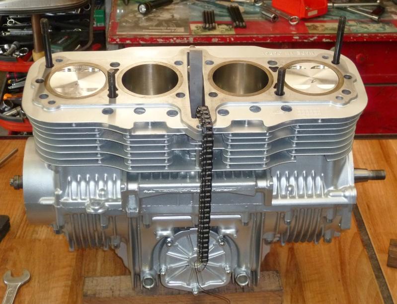 Reconstruction moteur GSX 1100 - Page 2 P1010719