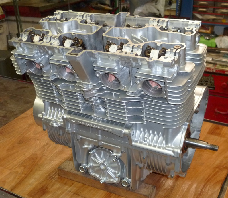 Reconstruction moteur GSX 1100 - Page 2 P1010721