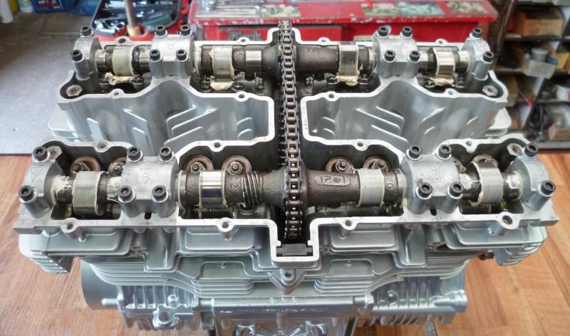Reconstruction moteur GSX 1100 - Page 3 P1010724