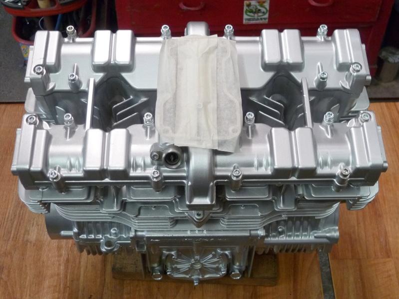 Reconstruction moteur GSX 1100 - Page 3 P1010726