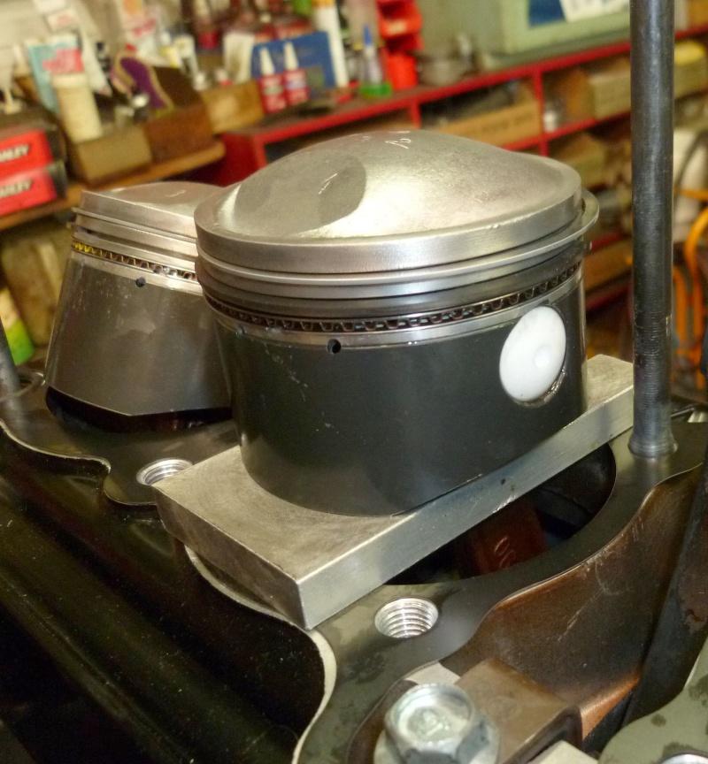 Tidji's GS 1000 réplica P1010834