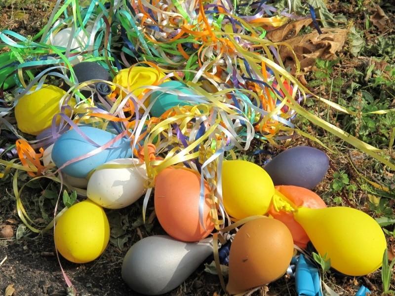 tout est multicolore - Page 5 Ball_e10