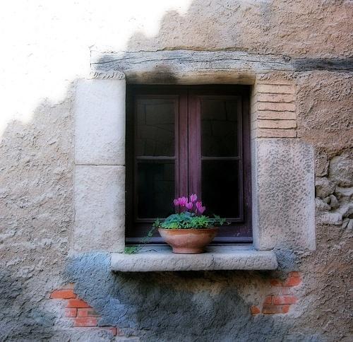 Des fenêtres d'hier et d'aujourd'hui. - Page 4 Fen_1010