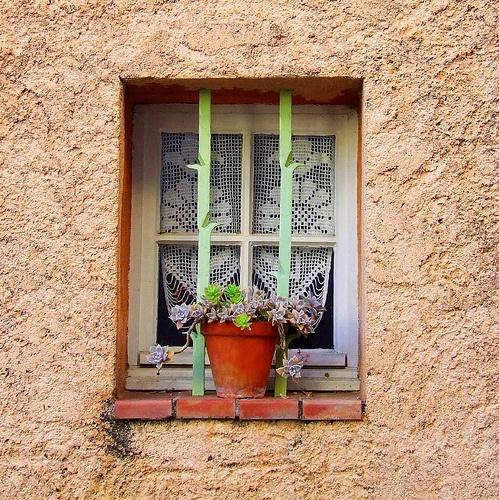 Des fenêtres d'hier et d'aujourd'hui. - Page 3 Fen_2710