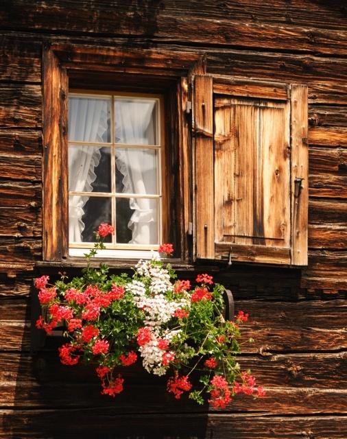 Des fenêtres d'hier et d'aujourd'hui. - Page 4 Fen_5_10