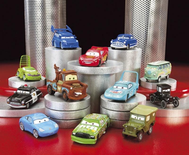 Basé sur l'ordre alphabétique, des noms de voitures, camions, dragsters, vélos, motos, tracteurs, bref tout ce qui roule !... Mattel12