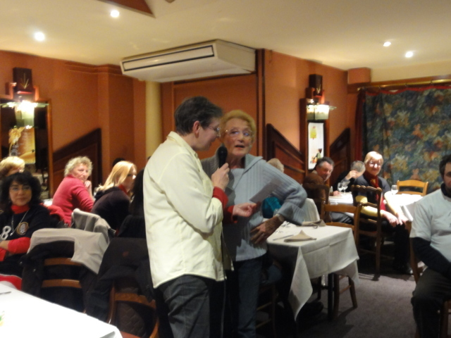 Karaoké au café de Paris le mardi 6 décembre 2011 Dsc01315