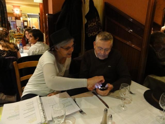Karaoké au café de Paris le mardi 6 décembre 2011 Dsc01318