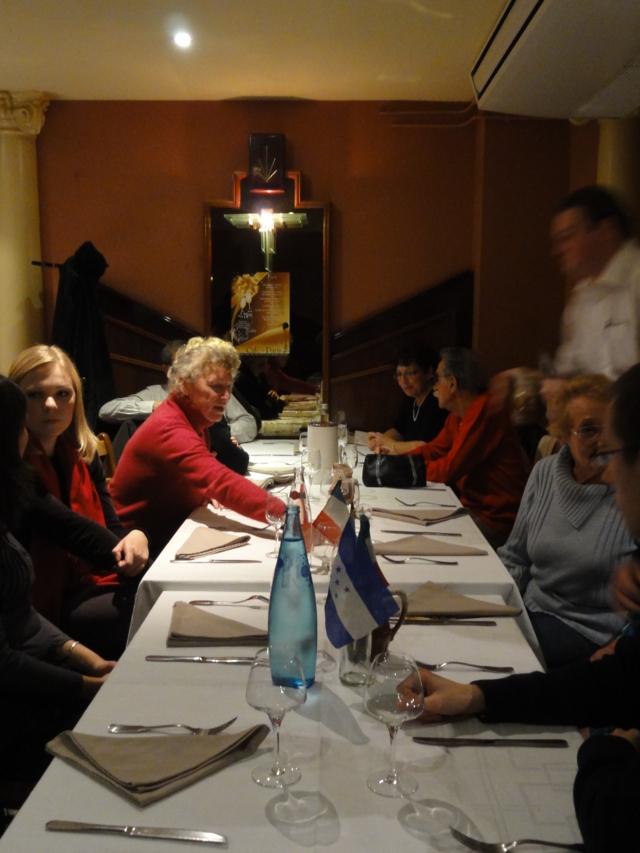 Karaoké au café de Paris le mardi 6 décembre 2011 Dsc01323