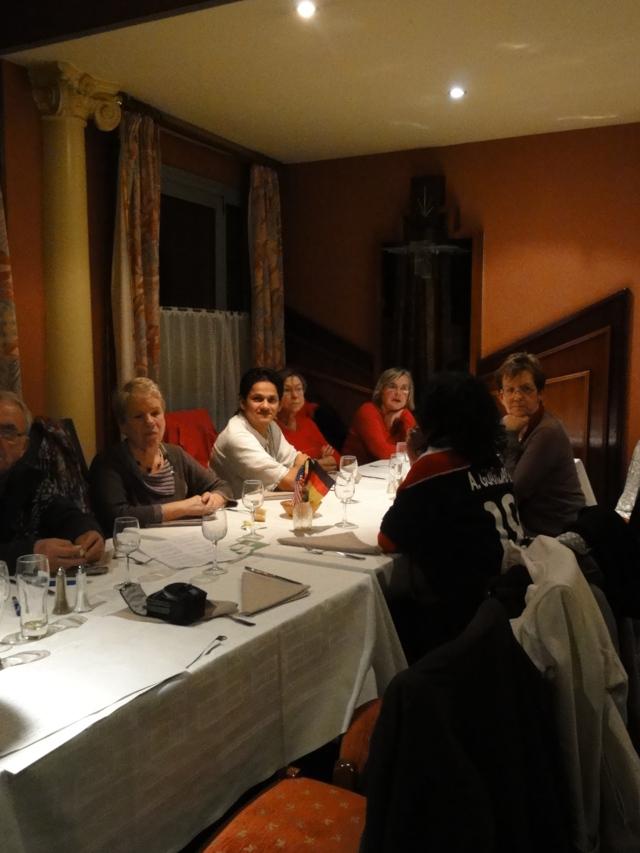Karaoké au café de Paris le mardi 6 décembre 2011 Dsc01324