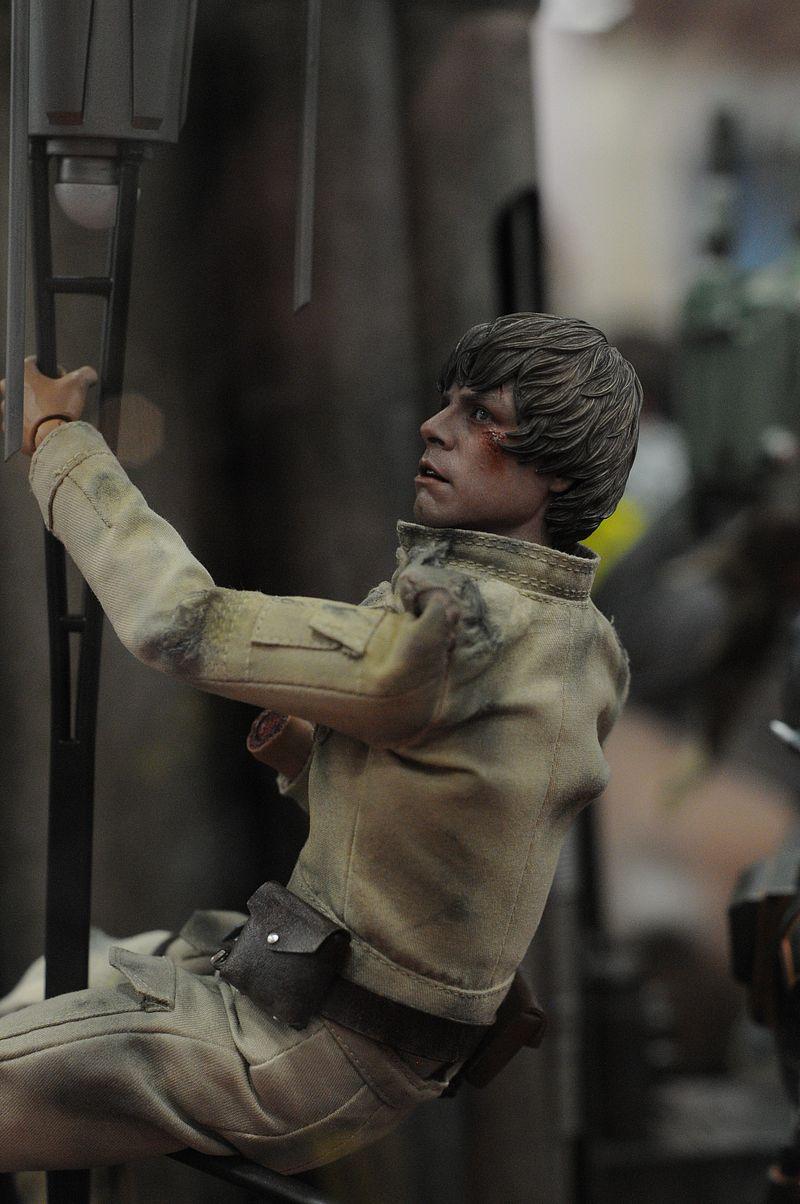 hot toys star war !!!!!! Luke3_10