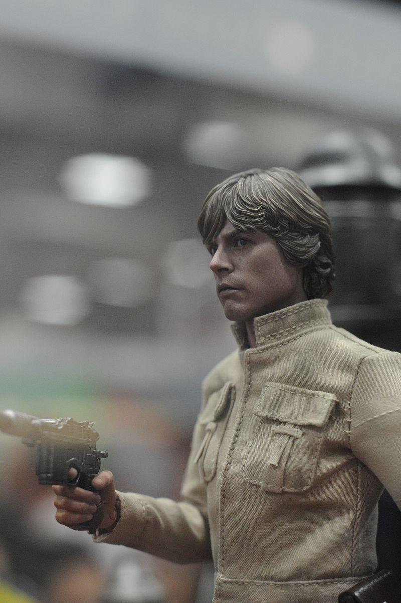 hot toys star war !!!!!! Luke_h11
