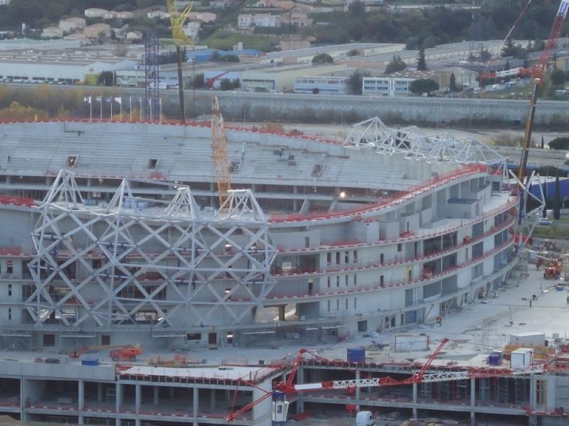 Allianz Riviera (33,470 places fin estimée été 2013)  Dsc08310
