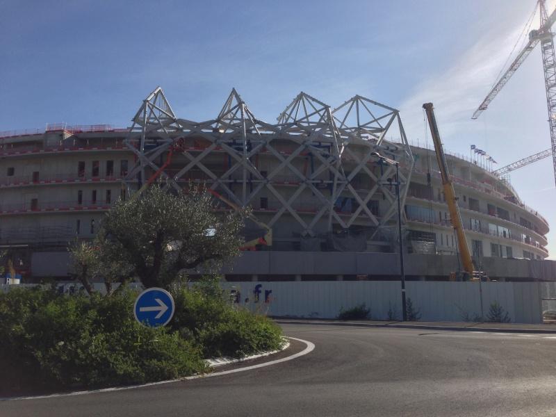 Allianz Riviera (33,470 places fin estimée été 2013)  Img_0010