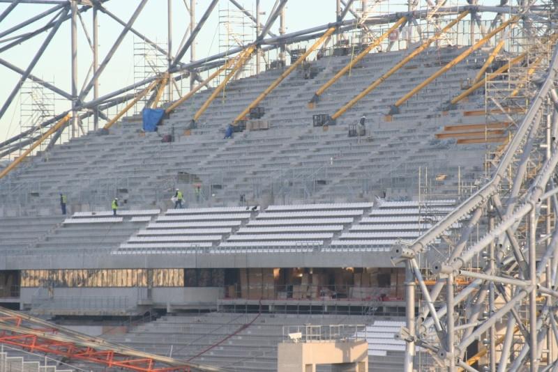 Stade Vélodrome (67,000 places fin estimée Juin 2014) Img_1010