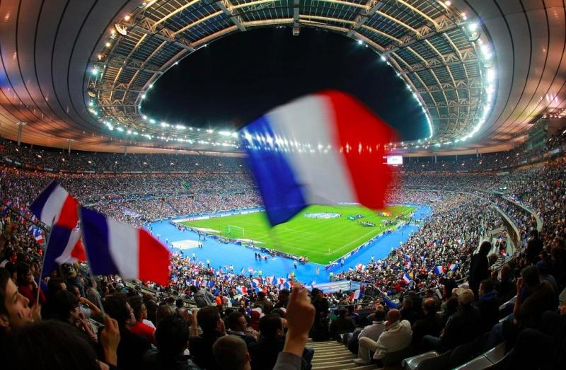 Stade de France (81 338 places fin estimée 2014) Saint-11