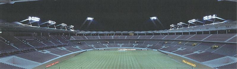 Stadium (37,050 places fin estimée avril 2014)  Toulou10