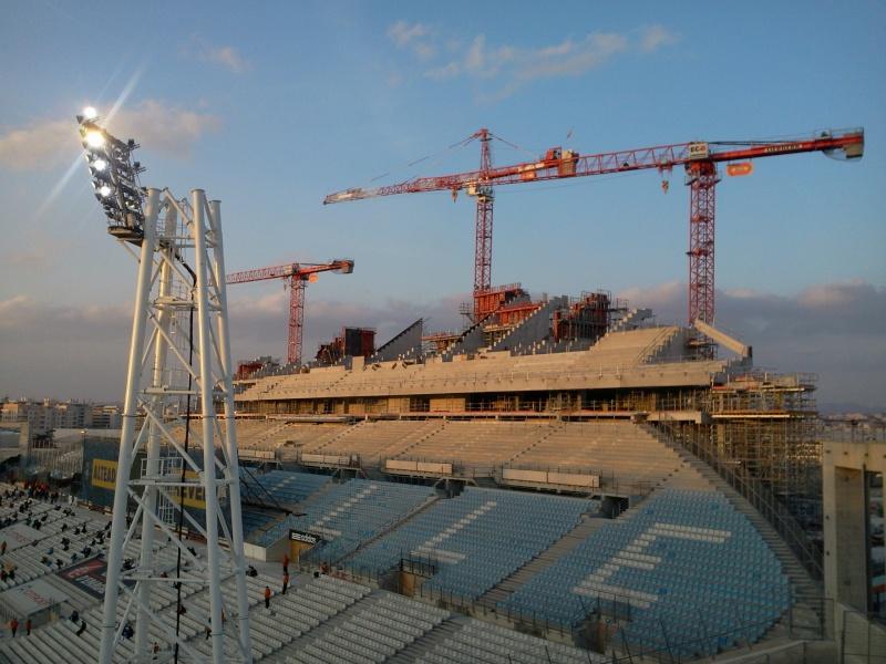 Stade Vélodrome (67,000 places fin estimée Juin 2014) Vel10