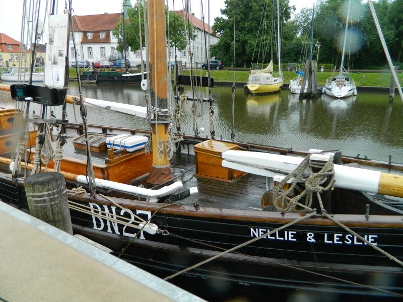 ehemaliger krabbenkutter Nellie&Leslie in Glückstadt Dscn3114