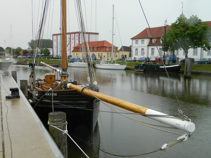 ehemaliger krabbenkutter Nellie&Leslie in Glückstadt Dscn3116
