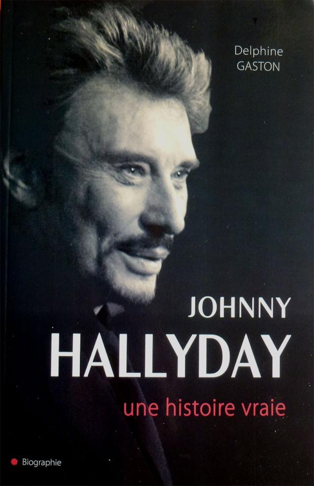 Nouveau !! livre biographie Johnny P1070410