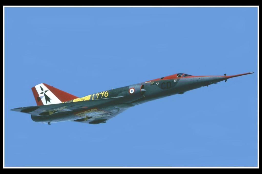 Concours montage photo du mois de novembre 2012 Mirage10